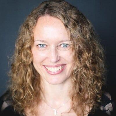 Lisa Manfield